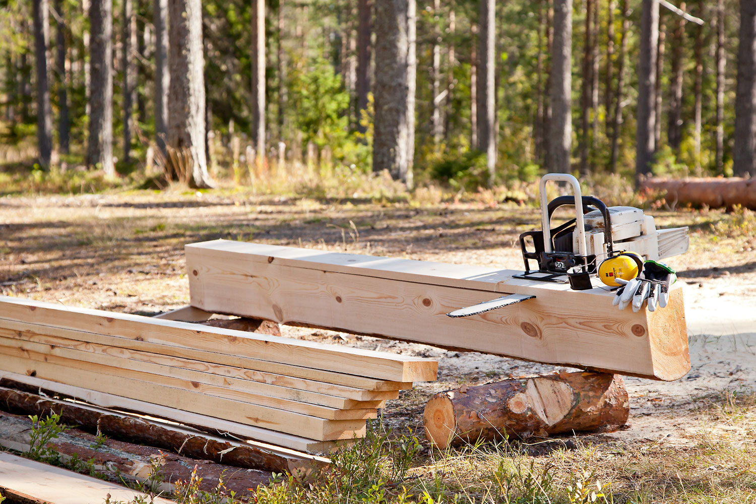 Logosol timberjig chainsaw sawmill davies implements for Mill log