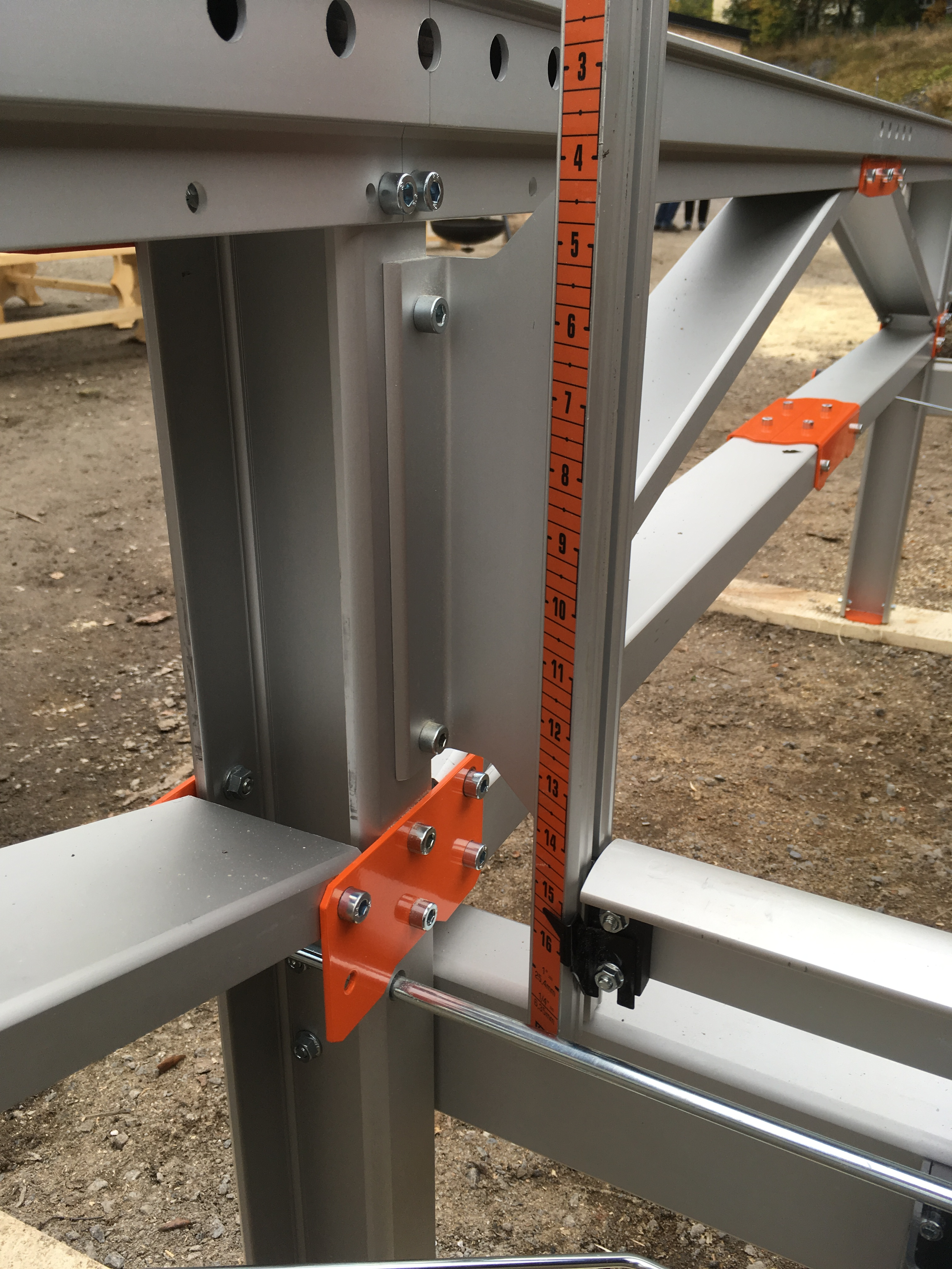 Logosol F2 chainsaw mill | Davies Implements
